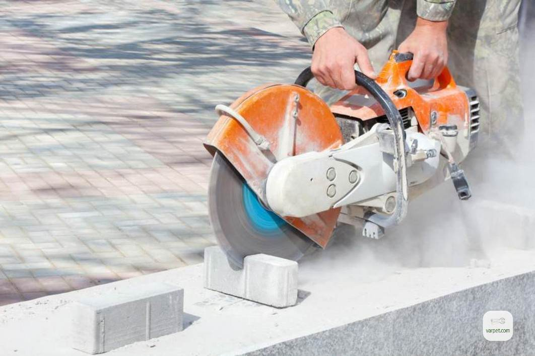 The process of laying pavens
